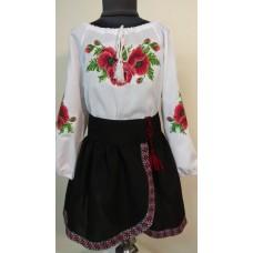 """Вишита блузка для дівчинки """"Оксамитові маки"""""""" (9947)"""